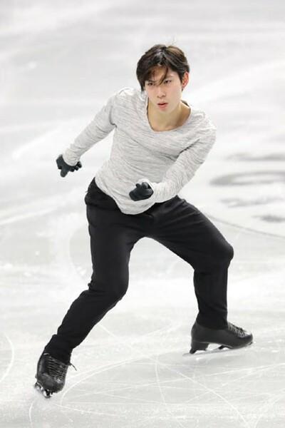 田中は、ケガで欠場する羽生について言及。「早く同じ氷に立ちたい」と語った