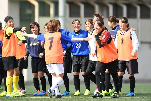 2007年、部員2人からスタートした徳山大女子サッカー部。「ハードワーク」と「リスペクト」を大事に、チームは成長している