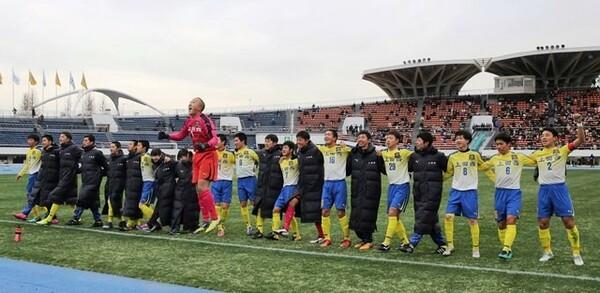 地道な努力の積み重ねでタフさを身に着けた上田西。憧れの埼玉スタジアム行きを決めた