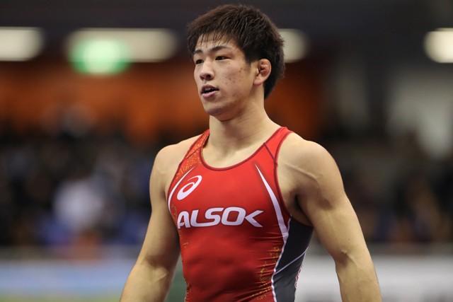 全日本レスリング選手権で3連覇、沖縄から五輪を目指す屋比久翔平