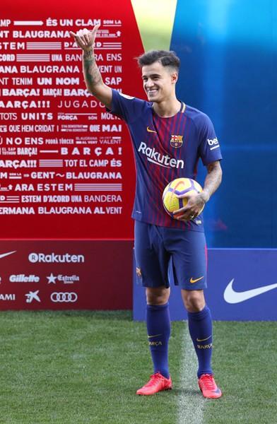バルセロナは昨夏から交渉を続けてきたフィリペ・コウチーニョをリバプールから獲得