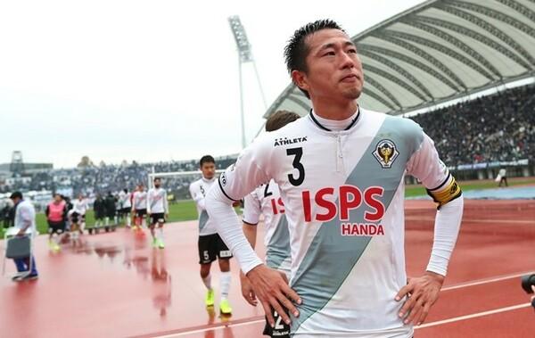 昨季は5位で初のプレーオフ進出を果たしたが、福岡に敗れJ1昇格とはならなかった
