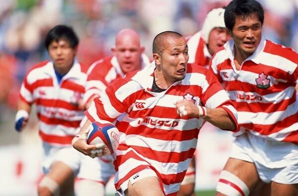 日本代表としても活躍した伊藤剛臣氏。大きめのジャージと大きなストライドが特徴でした