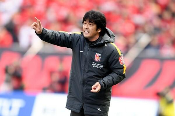 浦和は昨季途中からチームを指揮していた堀孝史監督(写真)と天野賢一ヘッドコーチとの契約解除を発表した