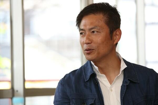 日本トライアスロン界のパイオニアである山本さん。プロのトライアスリートとなったことがターニングポイントになったと話す