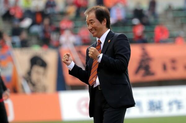 霜田は現役引退後、監督になったらこうしようと、ずっと考えていたという