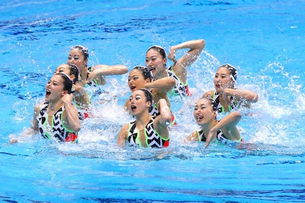 東京五輪を見据えて、代表選考を抜本的に改革した日本チーム。井村雅代ヘッドコーチの推薦により、メンバーが決められる