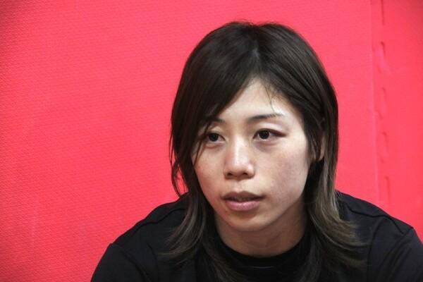 日本で試合ができることを楽しみとするが、「ちょっとプレッシャーをもらいながら頑張ってます」とも話す