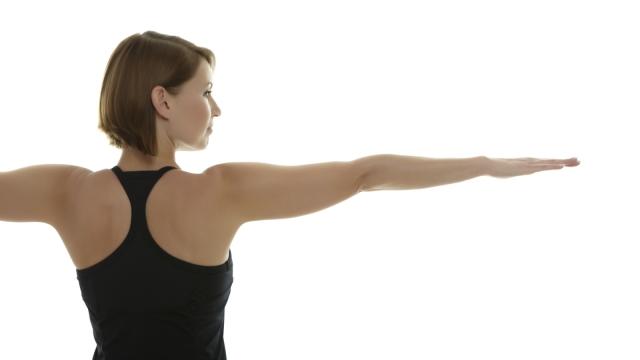 筋トレと何がどう違うの?  ヨガで全身の筋力がアップする理由