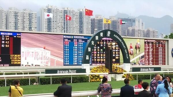 香港競馬の春の祭典「チャンピオンズデー」で様々なホースマンたちとの出会いがあった