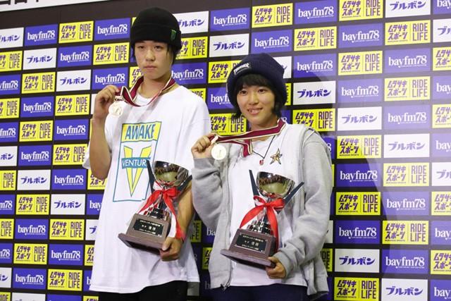 池慧野巨(左)と伊佐風椰がスケートボード初の日本代表として、アジア大会への切符を手にした