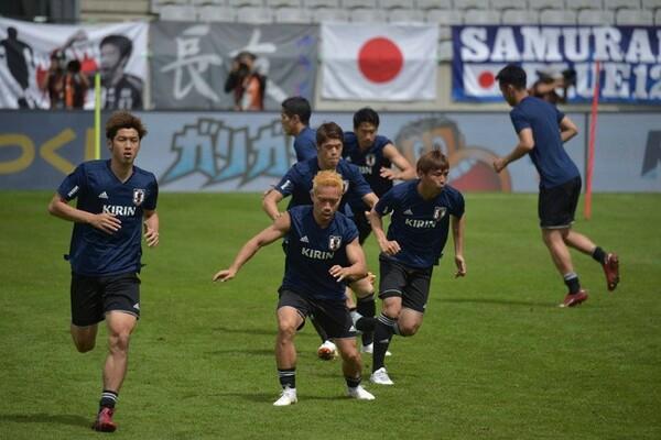 パラグアイ戦に向け、前日練習に臨んだ日本代表