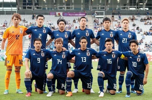 日本はパラグアイ戦に向け、スイス戦からスタメンを10人変更して臨んだ