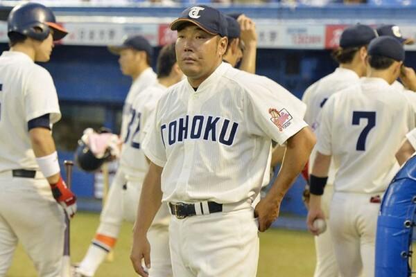 元プロ野球・西武でも活躍した東北福祉大・大塚監督。母校を14年ぶり3度目の全国制覇に導けるか!?(写真は2016年大会から)