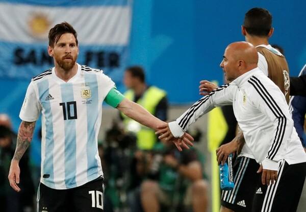 メッシ擁するアルゼンチンは辛くもGS突破を決めたが、ブラジルとの内容差は歴然だった
