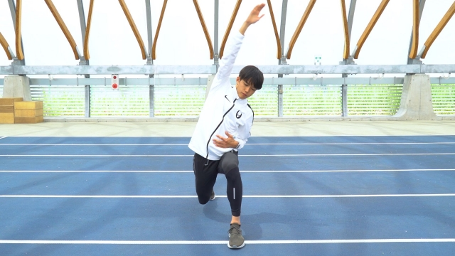 大迫傑選手が教える動的ストレッチ 全身をほぐし走れる体を作る方法とは