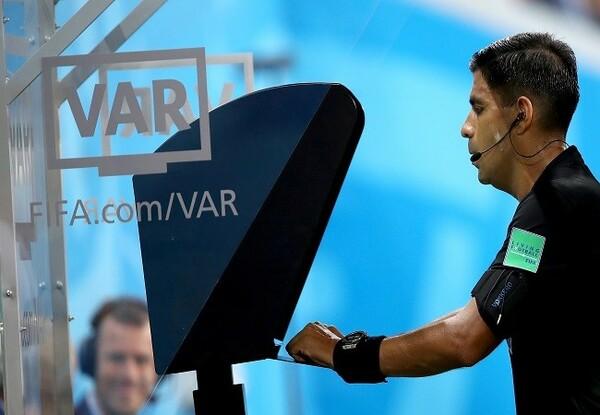 VARは得点、PK、レッドカード、警告などの選手間違いの4項目に適用される