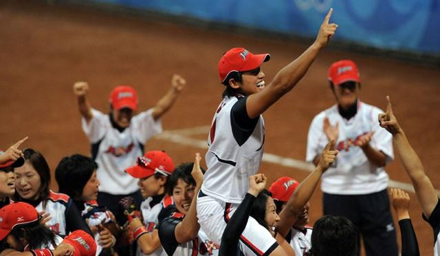 2008年の北京五輪で金メダルを獲得した日本チーム