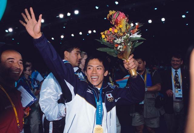シドニー五輪で金メダルを獲得したあと、野村忠宏は自らの去就を悩んでいた