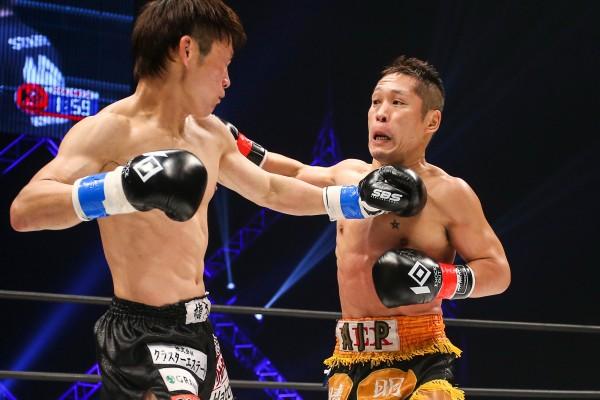 昨年12月の町田光(左)戦は敗れたが、「自分で楽しんでいるだけ」とまだまだ戦い続ける気持ちはなくならない