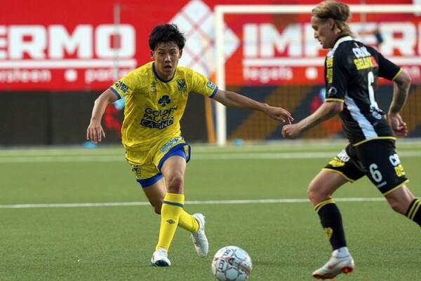 Jリーグとの違いを感じつつ、遠藤は意欲的に戦っている