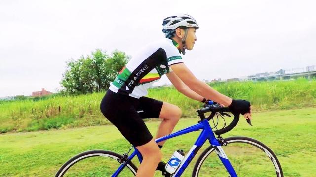 初心者が覚えておきたいポイントとは?ロードバイクの基本姿勢とトレーニング