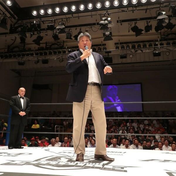 試合の解説に登場した前田日明は、リング上で「プロレスラーの身体は神経で動くんじゃない、魂で動くんだよ」と、高山に熱いエールを送った