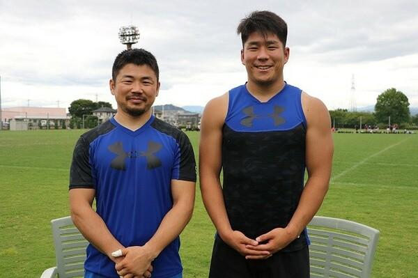 日本代表、パナソニックで活躍する田中史朗(左)と松田力也