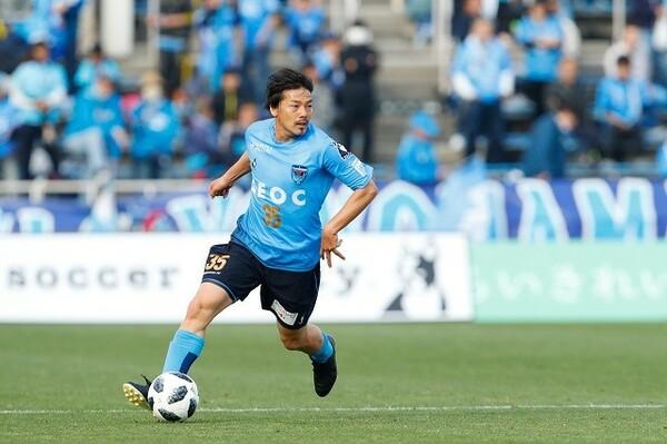 現在は横浜FCでプレーする松井大輔。足掛け11年間で欧州8クラブを渡り歩いた