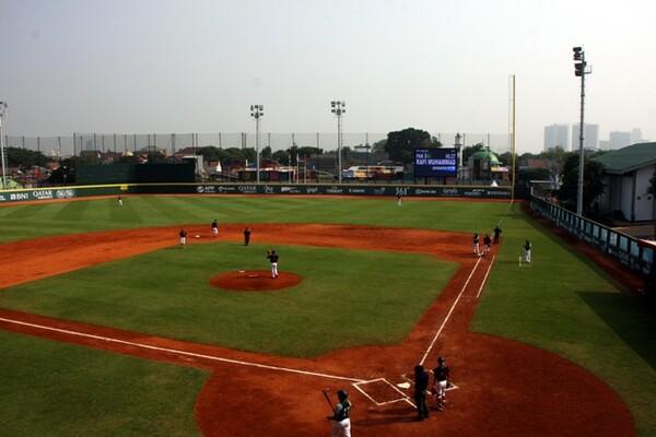 アジア大会の野球はラワマングン球場(写真)とゲロラ・ブン・カルノ球場で行われた
