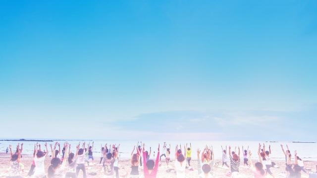 葉山でヨガ「SHONAN BEACH YOGA WEEK 2018」9/29・30・10/6〜8開催