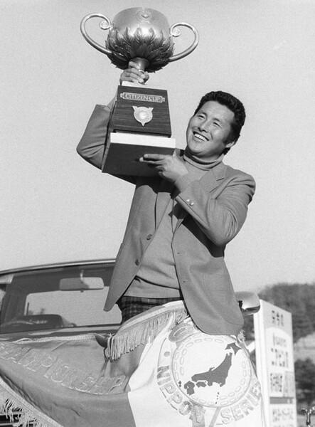 1980年大会では、尾崎将司(写真)が青木功とのライバル対決を制して栄冠に輝いた
