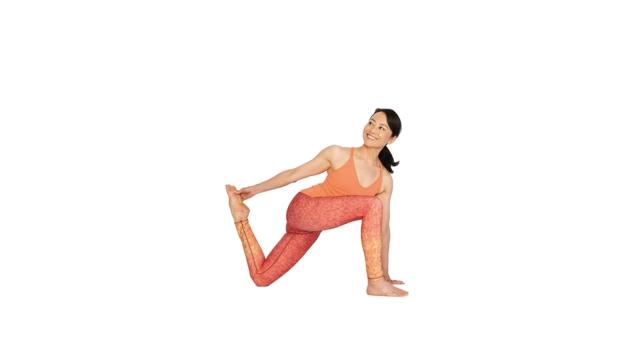 「基本のポーズ」にねじりを加えるだけ|いつもと違う筋肉にアプローチする15の方法