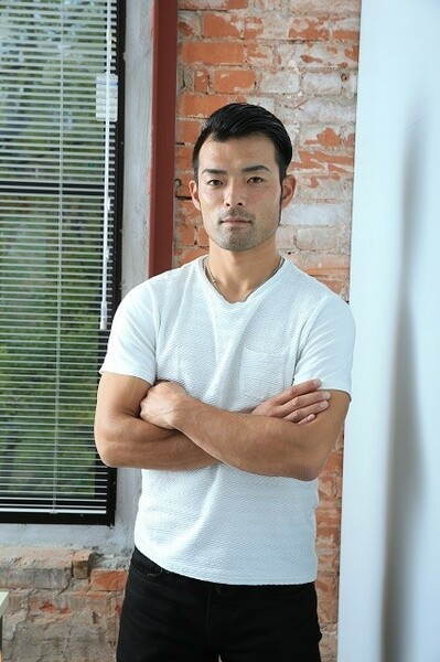 バレンティンなどの強打者を抑える「外国人キラー」として活躍した加賀繁。9年間のプロ生活を語った