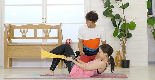 タオルを使うのがポイント!お腹全体に効くトレーニング