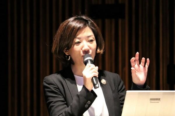 原山さんは、西崎さんやパワーリフティングにもっと興味を持ってもらうべく、「対話」をはじめとするさまざまな施策を打ち出した