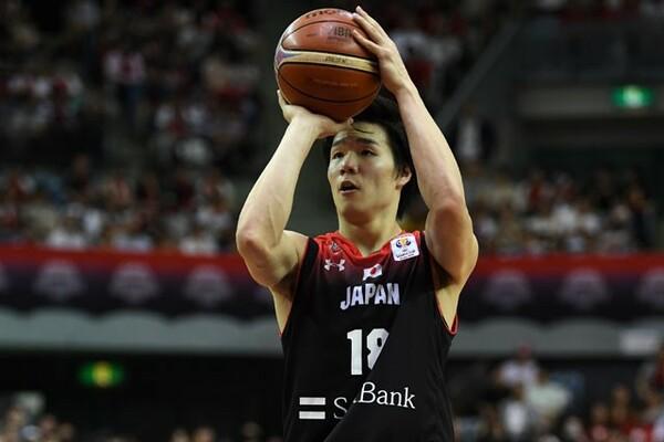 馬場は日本代表の一員として、W杯出場を目指すアジア地区2次予選でも大役を担う