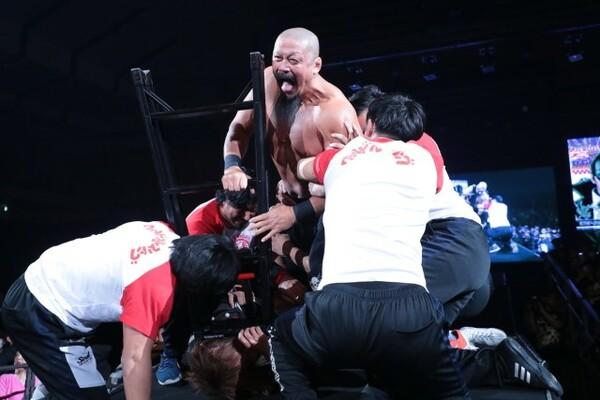 2.2札幌大会のリングで「更生」どころかテロリストに転身