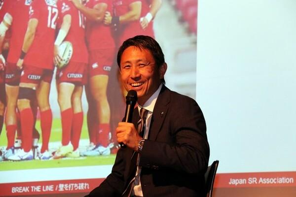 ファンからの質問に答える渡瀬氏