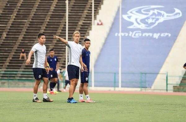 AFF U−22選手権で自信をつけた選手たちの元に、いよいよ本田監督が合流した