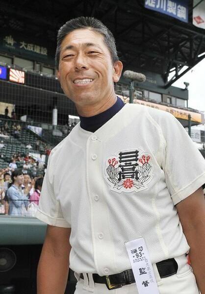 選手との年齢差は広がるものの、誰もからも父親のように慕われる小倉監督(写真は2011年のもの)