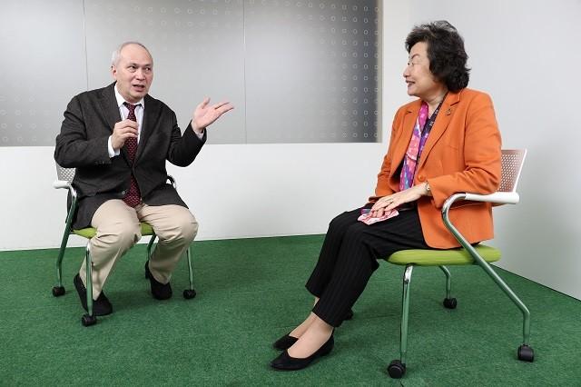 モーリーさんと崎田裕子さんとの対談後編。持続可能性について話を深めていく