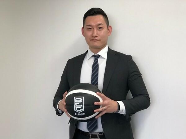 日本バスケットボール協会初のプロレフェリー、加藤誉樹氏にバスケットボールのルールや分かりにくい点を解説していただいた