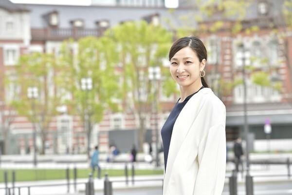 取材当日は、リガーレ仙台の営業・広報活動で、東北新幹線に乗って仙台から東京へ。重たいキャリーケースを引きながら東京・丸の内まで来てくれた
