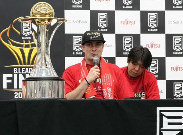 2年連続でA東京を頂点へ押し上げたルカHC