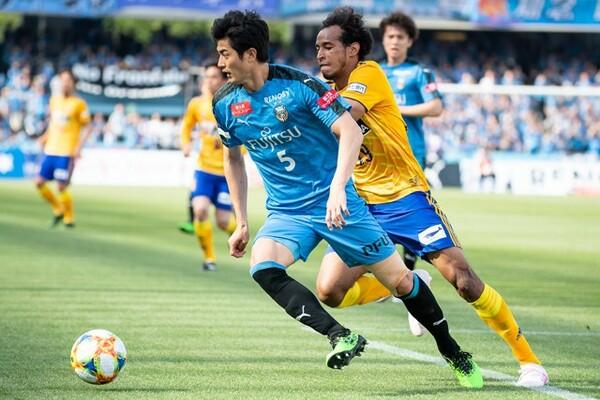 今でこそ川崎フロンターレで堂々と活躍しているが、高校入学時はサッカー部の迫力にビビッたという