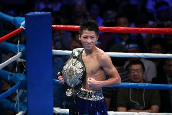 ゴールデンタイムでの中継、地元・座間での開催と、デビュー3戦連続KOの挑戦者・井上に大きな注目が集まった