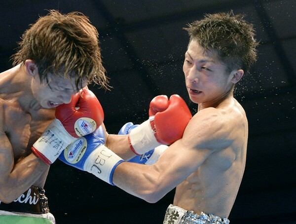 若きモンスター・井上(写真右)との激闘は判定まで持ち込まれた。田口は「ラウンドが過ぎるのが、あっという間だった」と振り返る