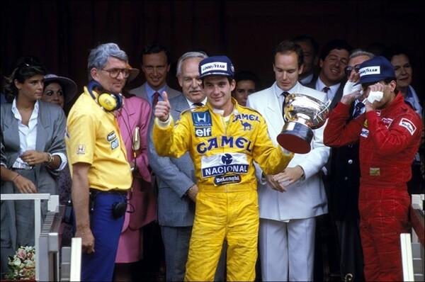 1987年のモナコGPで勝利したアイルトン・セナ。同年からホンダエンジン搭載車は92年まで、6年連続でモナコGPに勝利した