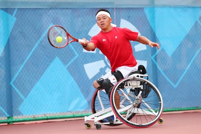テニス 車椅子